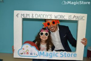 mum-e-daddys-work-is-magic-05